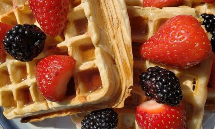 Simple Vegan Waffles
