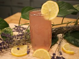 Fresh Lavender Lemonade