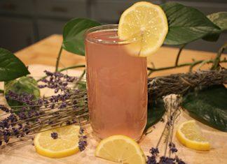 Fresh Lavender Lemonade