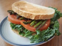 Grilled Asparagus and Tomato Sandwich