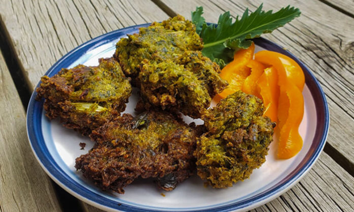 Fried Kale and Onion Vegetable Fritters
