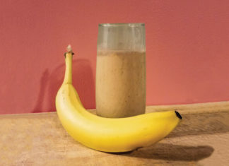 Two-Ingredient Banana Smoothie